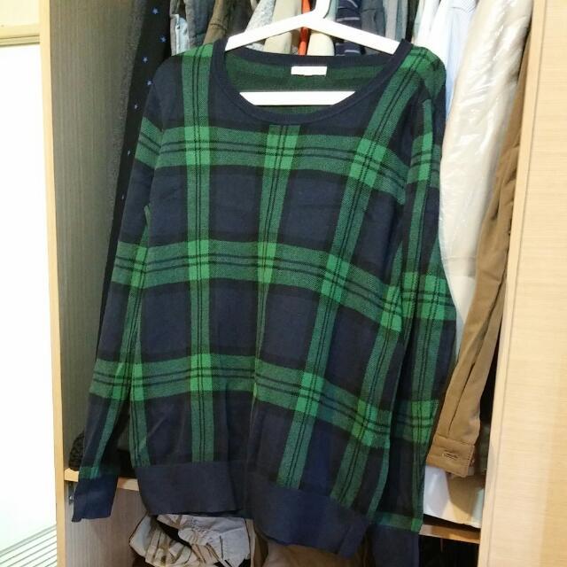 綠格紋針織衫