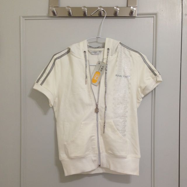 *全新*白色運動短袖上衣