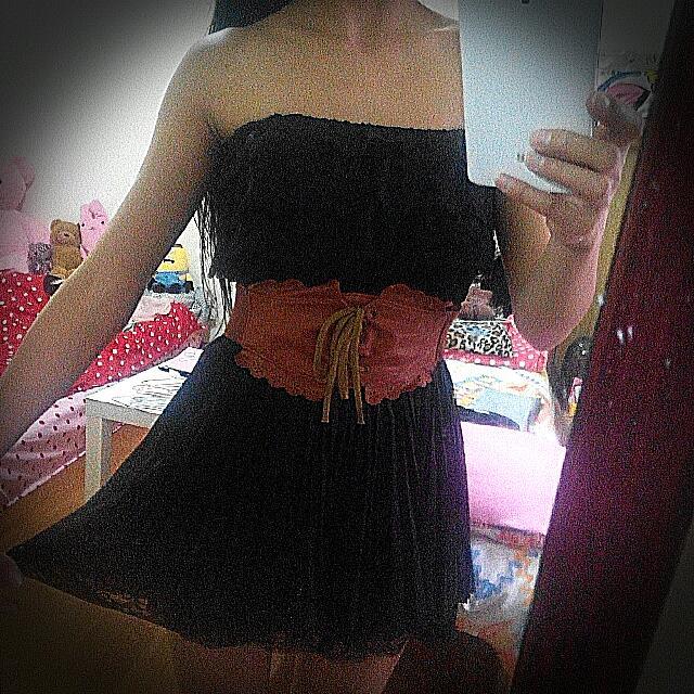 黑色蕾絲平肩小洋裝