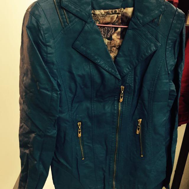 藍色皮外套