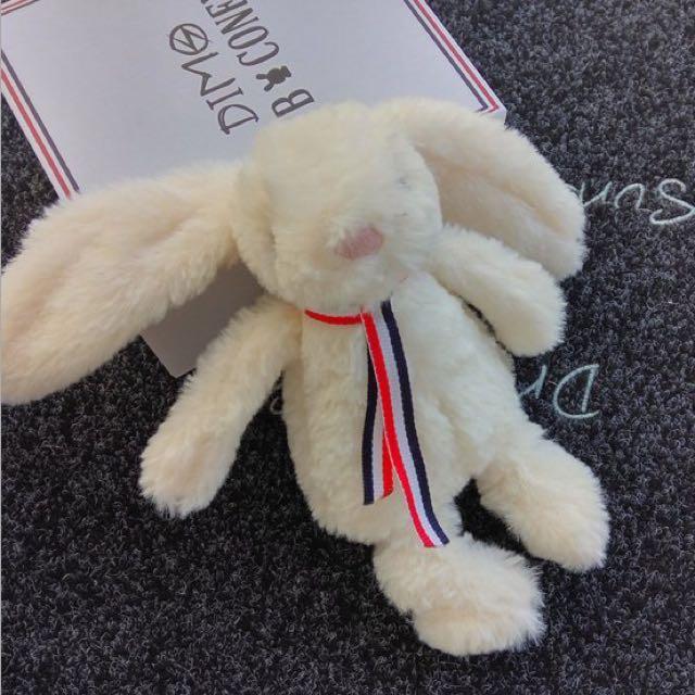 兔子娃娃行動電源