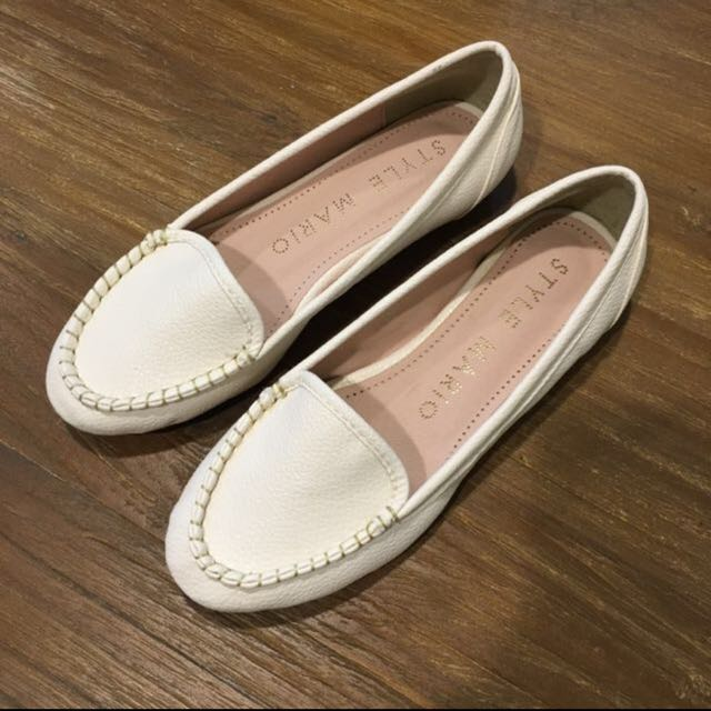 🎊降價還含運🎉全新正韓白平底鞋