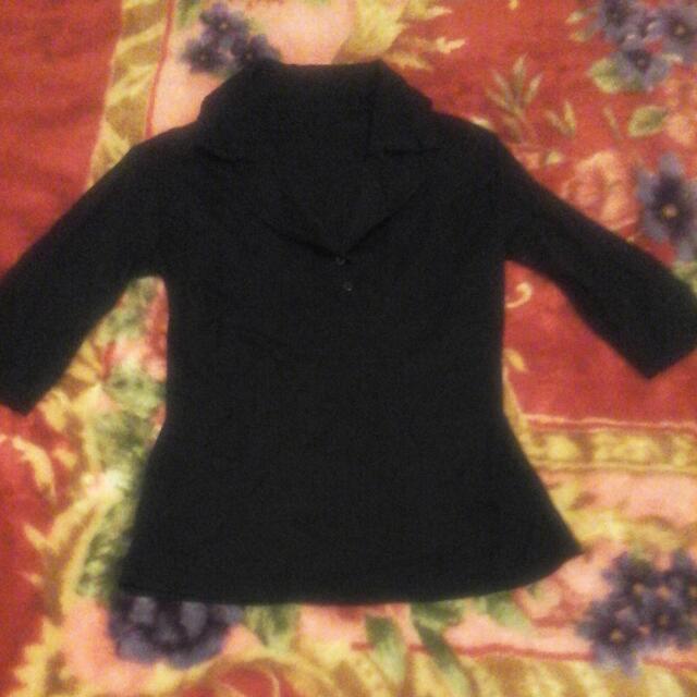 五分袖黑色上衣