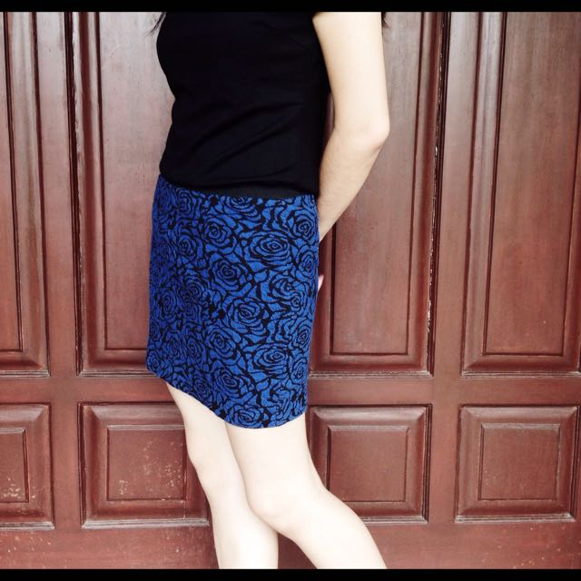 FOREVER21 Blue Roses Mini Skirt