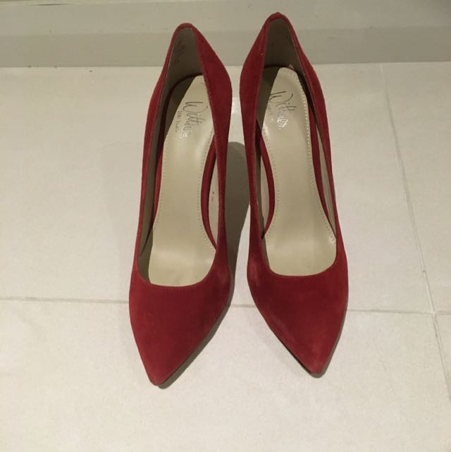 Wittner Red Suede Leather Pumps