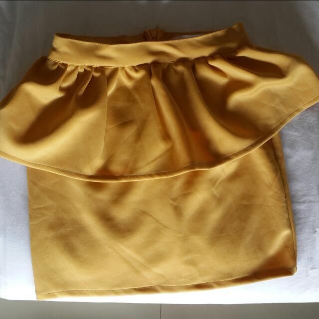 Yellow Skirt J.Rep