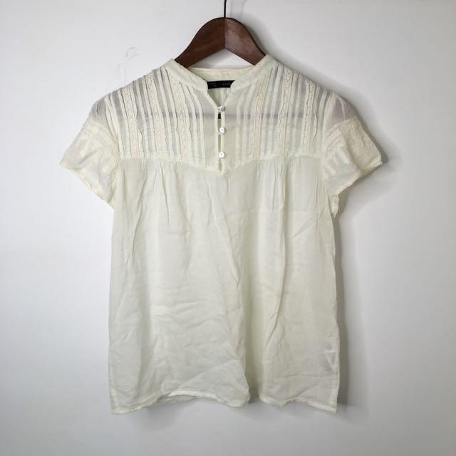 Zara刺繡上衣(含運)