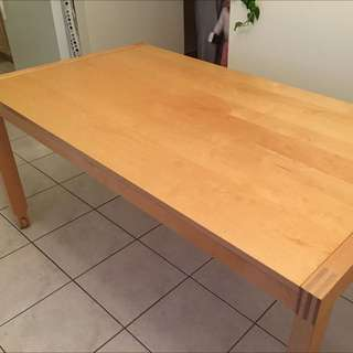 Ikea Extendable dining table seat 6-8