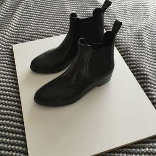 Ankle Gum Boots
