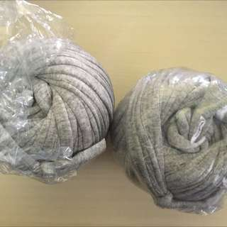 Rare Tee Shirt Yarns ( Grey ) For Sales