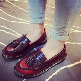 英倫龐克 復古仿舊擦色流蘇馬丁鞋