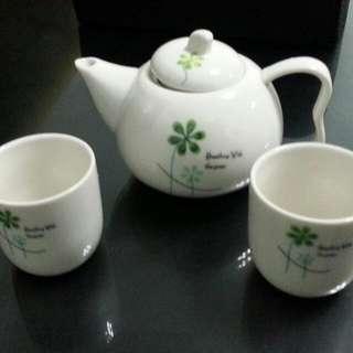 泡茶壺和茶杯