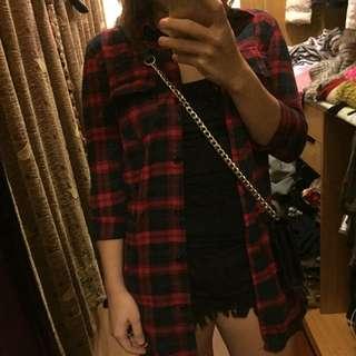 黑紅格子長版襯衫