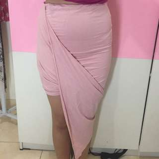 Look Boutique Store, Symmetrical Skirt, Soft Pink, Size S.