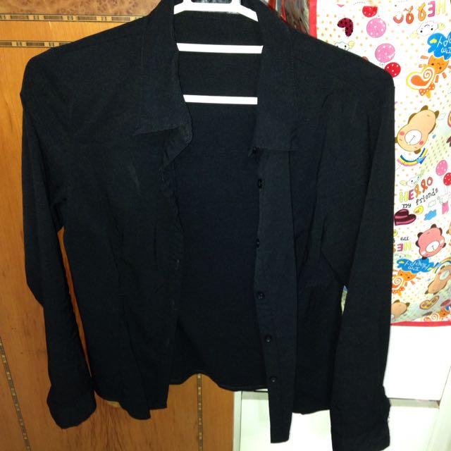 黑色長襯衫
