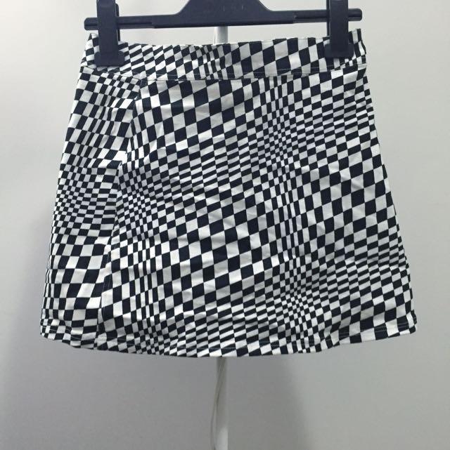 ✨MotelRocks BNWT Skirt XS