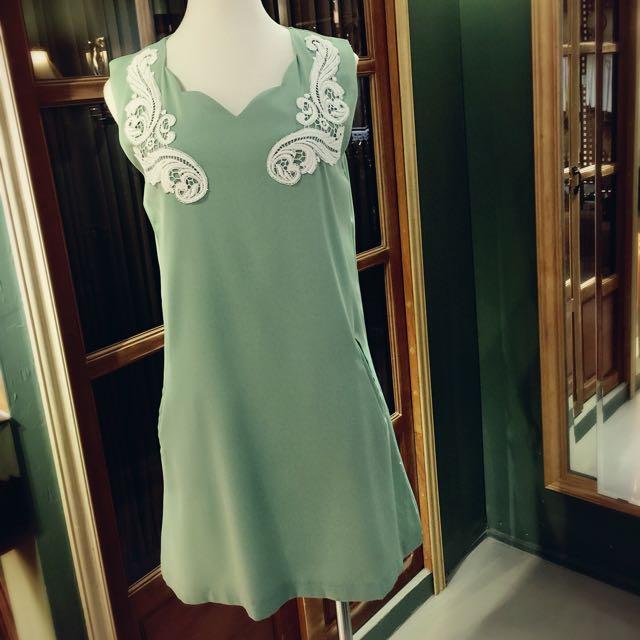 A字型洋裝