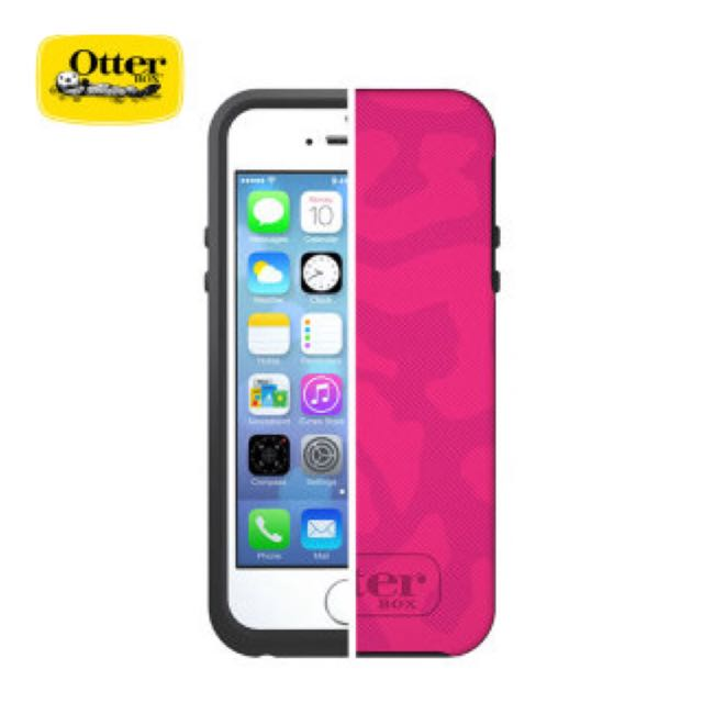 [AN] Authentic Otter Box Pink iPhone 5 / 5s Casing
