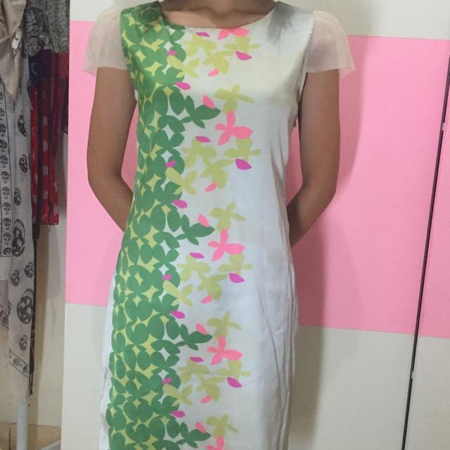 ELLE, Floral Dress, Green, Size 36.