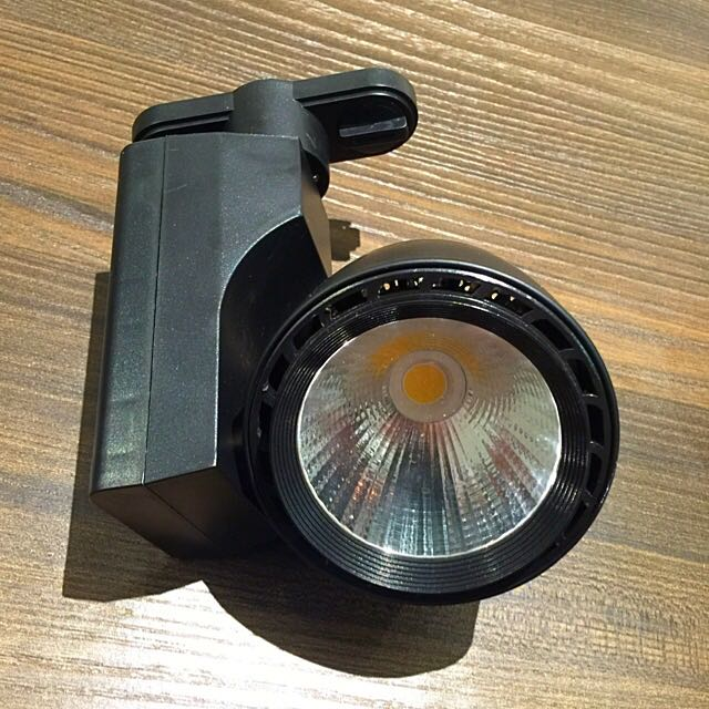 工業風/商空專用LED軌道燈