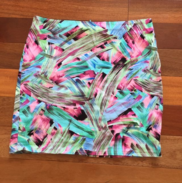 Lrge Mini Skirt