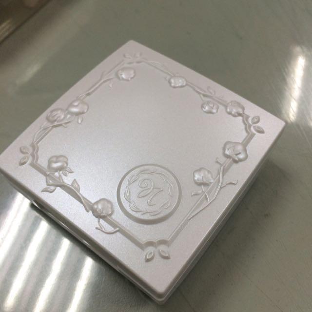 Nature&Co粉餅盒