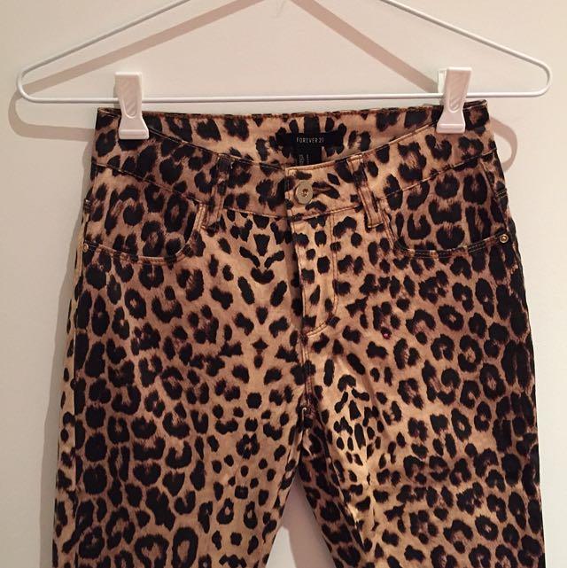 FOREVER 21 Leopard print long pants
