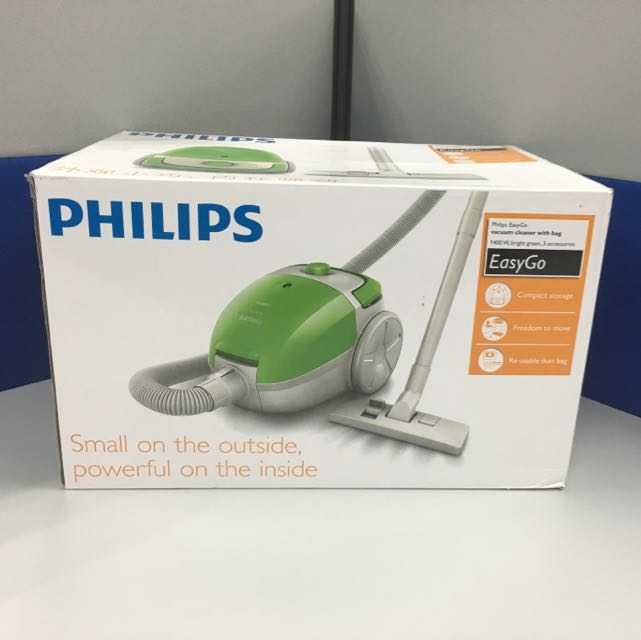 Philips EasyGo Vacuum Cleaner With Bag Kitchen Appliances On