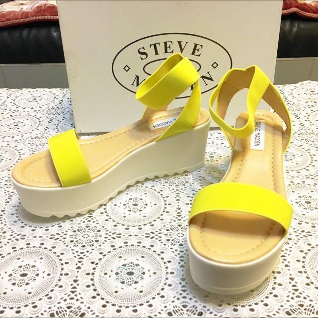 「出清」Steve Madden絕版 全新。義大利製厚底涼鞋。黃色