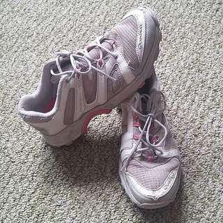 Tramping Shoes 8