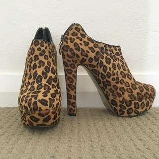 ZU Leopard Print Ponyhair Boots
