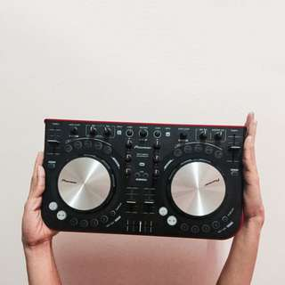 PIONEER DDJ WE-GO DJ CONTROLLER