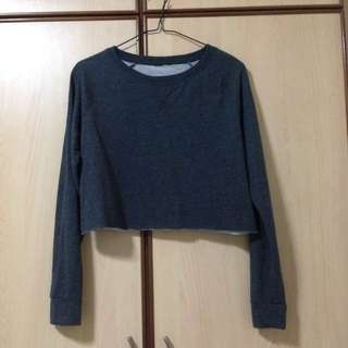 Cropped sweater (pending)
