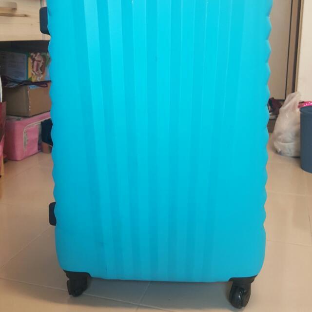 27吋台灣制行李箱 登機箱