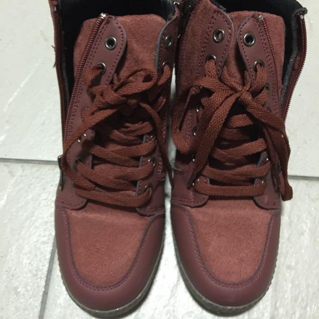 韓版內增高鞋、尺寸36、只穿一次