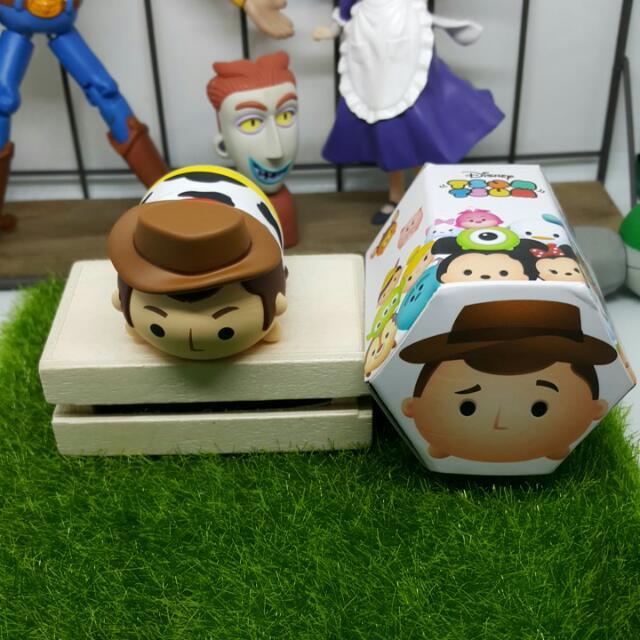 ♣ 盒玩♣Disney Tsum Tsum之玩具總動員-胡迪(磁鐵公仔)