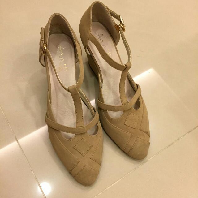 待匯款 Ann's 杏色瑪莉珍 楔形鞋 37號 (23.5)