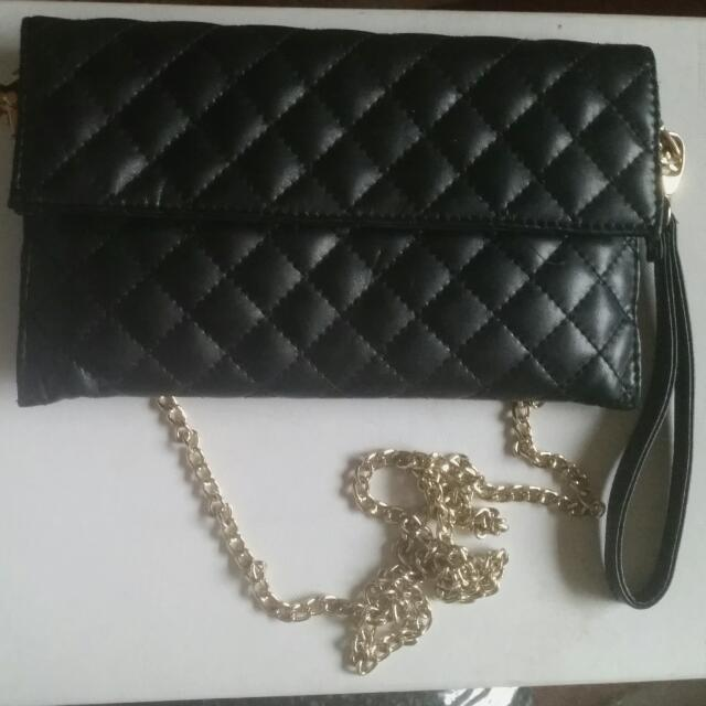 Black Purse With Gold Chain