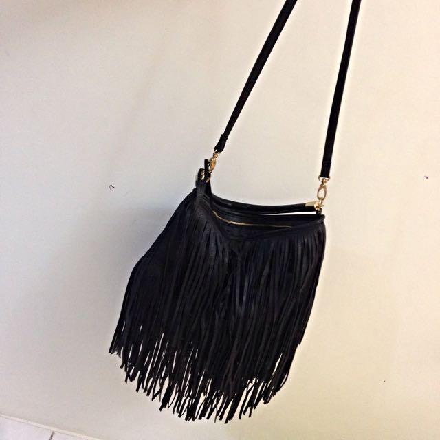 H&M黑色流蘇包
