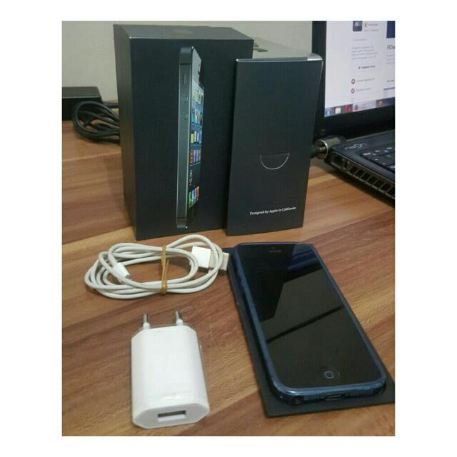 Iphone 5 16GB Black Fullset