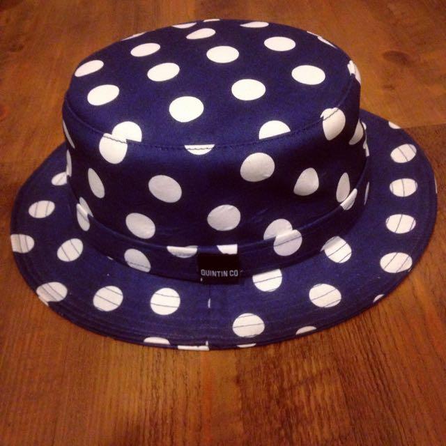 Quintin Co藍白圓點紳士帽