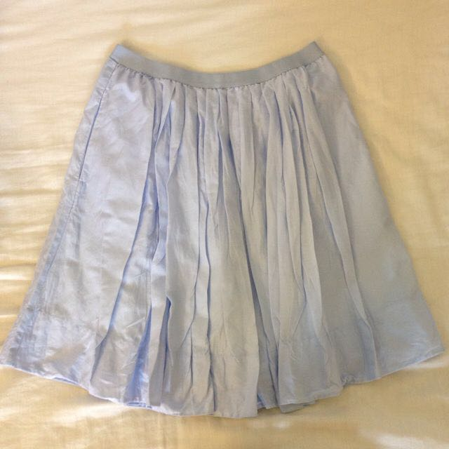 bf477af3f8 Uniqlo Pastel Blue Pleated Skirt, Women's Fashion on Carousell