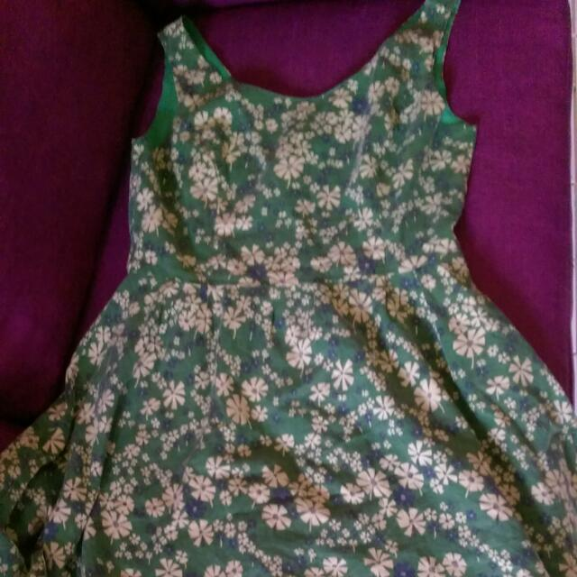 Vintage Green Dress In Great Condition