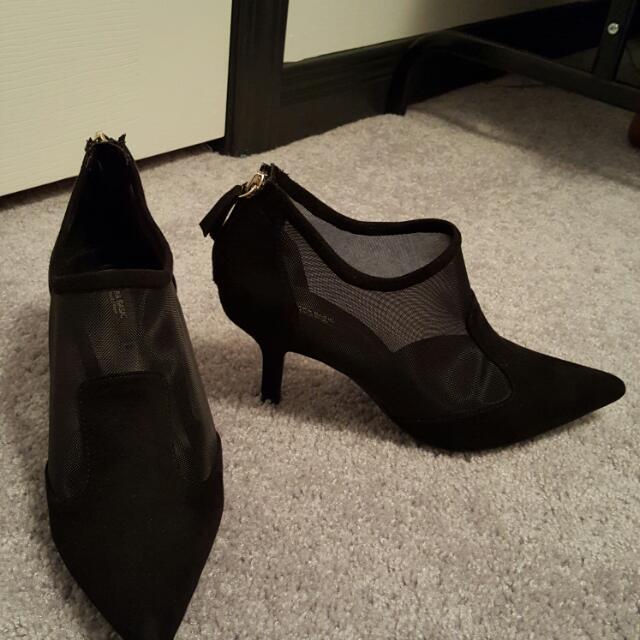 Zara Size 6 Booties