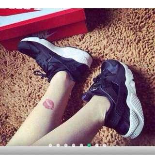 (預購)Nike Air Huarache Run Ultra 武士系列