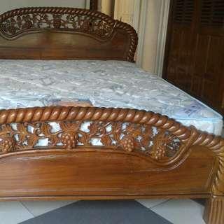 Set Ranjang Jati Dan Spring Bed