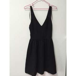 ZARA 黑色蕾絲洋裝