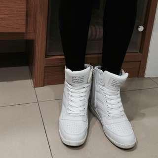 正韓內增高休閒鞋