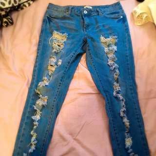 Ripped Jeans 🌹 Size 12