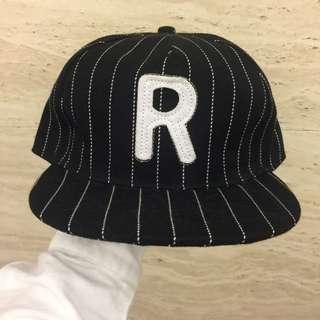 簡約線條Runningman 棒球帽